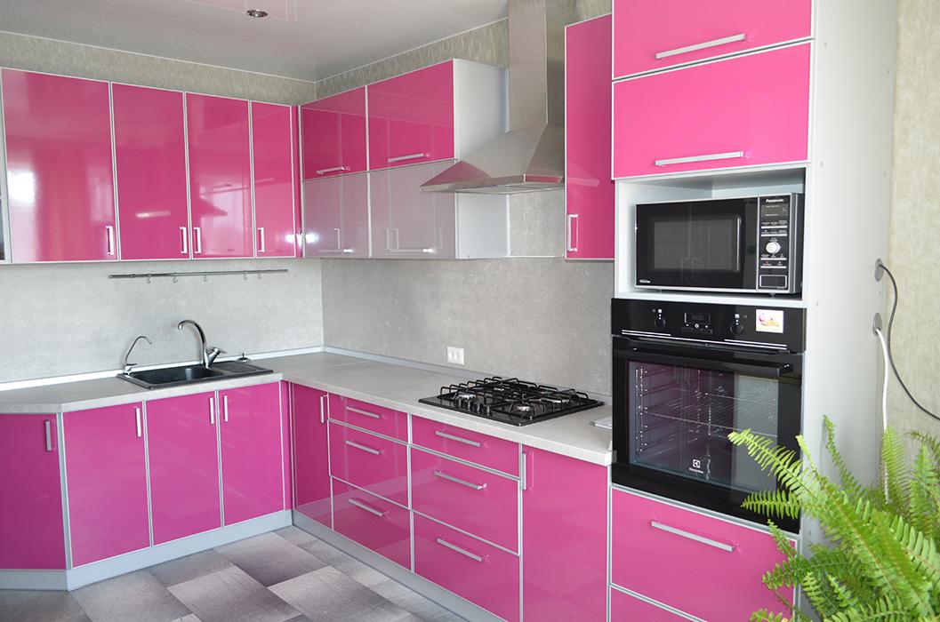 Кухня розовый глянец